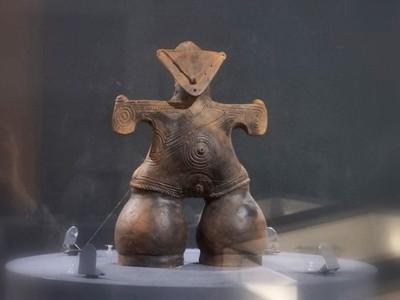 仮面の女神