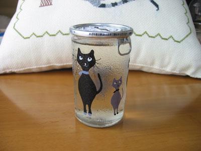 ネコ柄のワンカップ