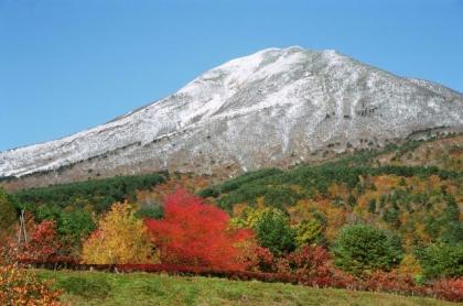 磐梯山初雪